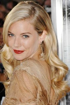 Sienna Miller, gorgeous old Hollywood look xoxo Beautylove Aprons