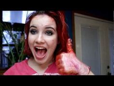 DIY: How to temporarily dye your hair with food coloring - im thinking of doing this