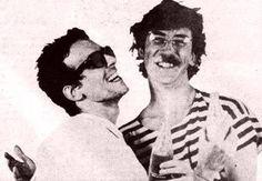El Flaco y Charly :) Mercury, Bff, Musicians, Idol, Fantasy, Portrait, Celebrities, Rock Bands, Icons