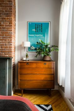 Design Lovers Mix Their Style & Stuff in Brooklyn | Apartment Therapy