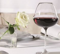 Lehmann Glass, Oenomust collection for the true wine lovers!