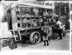 Dans la Somme : le camion-bazar de l'armée : [photographie de presse] / Agence Meurisse - 1