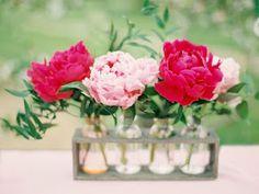 Brighten Up The Room: Cheap & Easy Flower Decor for Any Season!