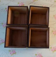 4 Shadow boxes