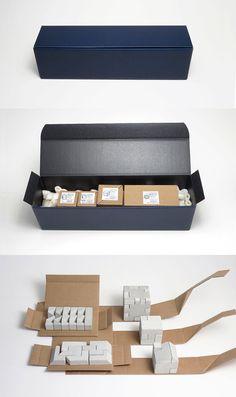 caja de regalo lleno de Desafío con cinco puzzles por ArtAlbertM                                                                                                                                                                                 Más