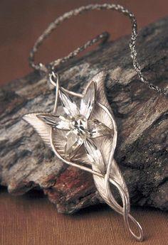 Evenstar - Arwen's necklace #LordoftheRings