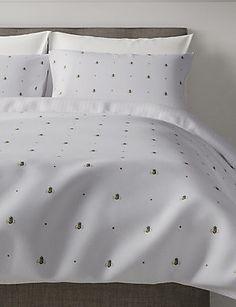 Shop this Bee Print Bedding Set at Marks & Spencer. Bedroom Themes, Bedroom Inspo, Bedroom Ideas, Bedroom Decor, Sofa Styling, Sofa Shop, New Beds, Corner Sofa, Furniture Sale