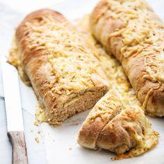 Het recept voor deze fijne komijnekaasbroden staat vandaag online! Zie