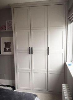 Built In Wardrobe Closet Shaker Style 69 Ideen - Wardrobe Bedroom Built In Wardrobe, White Wardrobe, Diy Wardrobe, Wardrobe Storage, Bedroom Storage, Build In Wardrobe, Armoire Wardrobe Closet, Wardrobe Door Designs, Antique Wardrobe