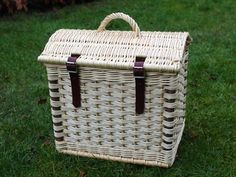 Img_2151 Traditional Baskets, Fruit Shop, Beautiful Hands, Weaving, Sculpture, Hamper, Handmade, Inspire, Hand Made