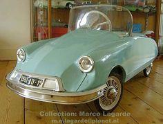 Citroen ID Tri-ang 1961 Pedal car.