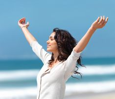 5 Things Happy People Do  By Jennifer White