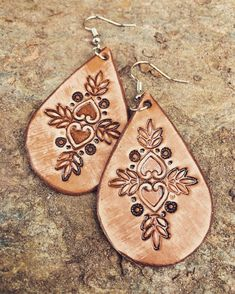 Silver Jewelry With Diamonds Code: 8483248019 Leather Art, Leather Gifts, Custom Leather, Leather Tooling, Brown Leather, Handmade Leather, Tooled Leather, Leather Totes, Vintage Leather