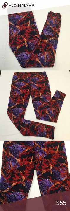 LuLaRoe Panther Leggings TC Beautiful LuLaRoe leggings in a purple panther print. Thick stretchy waistband and buttery soft leggings. NWOT with no stains, tears, or rips. Never worn. Smoke and pet free home. Tall & Curvy size. Bundle and save. Make me an offer! LuLaRoe Pants Leggings