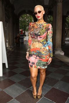 Yay or Nay to Amber Rose's print-aholic dress with sunglasses & platforms worn to the runway shows at London Fashion Week? Amber Rose, Peplum Dress, Dress Up, Bodycon Dress, Pixie Styles, Hot Outfits, Colorful Fashion, Gorgeous Women, Classy