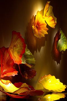 Originally titled 'Dale Chihuly: An Inaugural Exhibition, the entire exhibition… Broken Glass Art, Glass Artwork, Sea Glass Art, Stained Glass Art, Fused Glass, Murano Glass, Dale Chihuly, Cristal Art, Art Sculpture