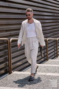 Summer Outfits Men, Stylish Mens Outfits, Suit Fashion, Mens Fashion, New Mode, Street Style Summer, Man Style Summer, Herren Outfit, Cool Street Fashion