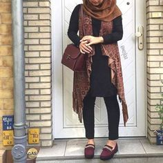 tribal long cardigan hijab style, How to get hijab trendy looks http://www.justtrendygirls.com/how-to-get-hijab-trendy-looks/