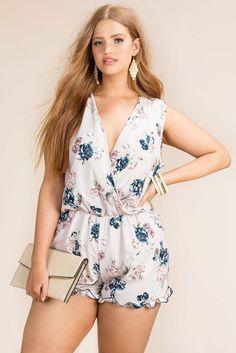 Fashion Ideas For Plus Size Women - Fashion Trends Plus Size Bikini Bottoms, Plus Size Romper, Women's Plus Size Swimwear, Travel Clothes Women, Clothes For Women, Curvy Fashion, Plus Size Fashion, Curvy Outfits, Fashion Outfits