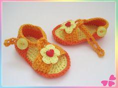 Häkelanleitung: Baby Sandalen mit Blume (Frühchen bis 1 Jahr)