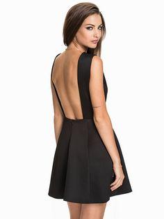 Bare Back Structure Dress - Nly One - Svart - Festklänningar - Kläder - Kvinna - Nelly.com