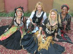 Tribal, Tribal Fusion and Gothic Belly Dance - Origins, Moves, Music and Costumes