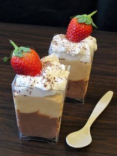 Cookie Fairy: Winter dessert Marathon the fastest in the world . Greek Sweets, Greek Desserts, Ice Cream Desserts, Cookie Desserts, Easy Desserts, Dessert Recipes, Greek Recipes, Chocolate Fit, Oreo Mousse