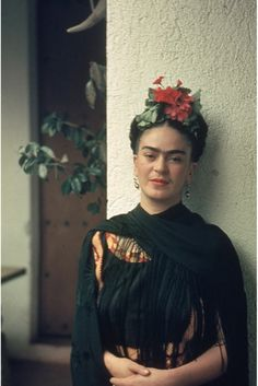 Frida Kahlo's Love Letters Give Glimpse Into The Guarded Artist's Private Life!! Wow, now that's a romantic mujer!