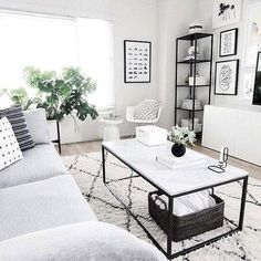 Having small living room can be one of all your problem about decoration home. To solve that, you will create the illusion of a larger space and painting your small living room with bright colors c… Living Room Interior, Living Room Decor, Living Rooms, Small Room Interior, Living Room Carpet, Interior Paint, Black And White Living Room, Black White, Appartement Design