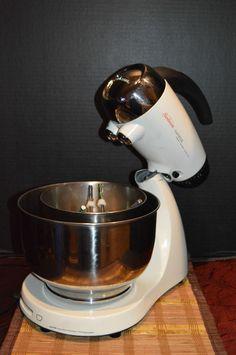 Sunbeam Mixmaster Heritage Series Stand Mixer White Metal W/ 2 Bowl & Beaters #Sunbeam
