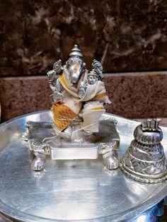 Lord Jagannath, Hanuman Images, Sai Baba Photos, Lord Vishnu Wallpapers, Hindu Temple, Krishna Art, Gods And Goddesses, Snow Globes, Decor