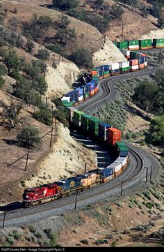 RailPictures.Net Photo: UP 1988 Union Pacific EMD SD70ACe at Tehachapi Pass, California by Ryan S.