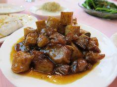 Pig trotters - recipe from Mallorca - Santa Catalina Market - Palma de Mallorca Greek Recipes, Pork Recipes, Cooking Recipes, Different Recipes, Other Recipes, Pig Trotter Recipe, Trotters Recipe, Cyprus Food, Dairy Free Keto Recipes