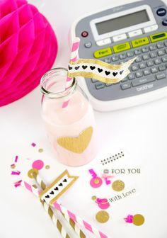 DIY Party Decor Ideas Using a Label Maker #Brother #LabelIt Diy Party Table, Birthday Party Decorations Diy, Diy Birthday, Birthday Parties, Dymo Label, Diy Cake Topper, Cake Toppers, Creative Party Ideas, Media Campaign