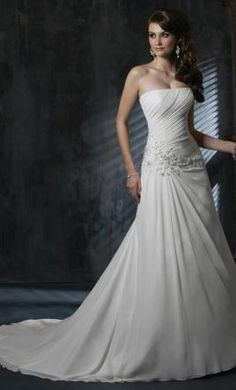 Used Maggie Sottero Wedding Dress Lillian, Size 10