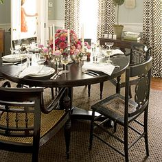 ROUND dining table  Elements of a Charleston Dining Room   Choose a Round Table   SouthernLiving.com