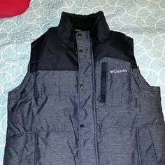 New Columbia Mens Medium Vest FINAL PRICE Brand new. Never worn.  No tags just threw away. Omni sheild. Interchangeable. Smoke free. Pet friendly  home. Can definitely  be unisex. Gray and silver in color. Columbia Jackets & Coats Vests