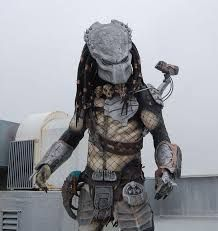 "Képtalálat a következőre: ""predator costume collar"" Predator Costume, Master Chief, Samurai, Costumes, Fictional Characters, Dress Up Clothes, Fancy Dress, Fantasy Characters, Men's Costumes"