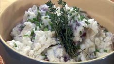 Best Anytime garlic mashed potatoes patties and Fresh Tastes! Creamy Garlic Mashed Potatoes, Make Ahead Mashed Potatoes, Cream Cheese Potatoes, Perfect Mashed Potatoes, Cauliflower Mashed Potatoes, Mashed Potato Recipes, Mashed Potato Patties, Healthy Recipes, Easy Recipes