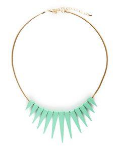 Lulu*s #mint #necklace | Win a 50 dollar gift card to Lulu*s here http://www.honeynsilk.com/2012/05/luluscom-gift-card-giveaway.html