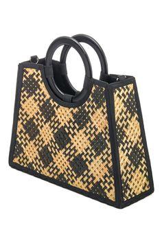 A gorgeous unique must have trending bag that features a unique straw cross bamboo hadle tote bag design. Mini Bag, Louis Vuitton Damier, Bamboo, Tote Bag, Brown, Comfy, Bag Design, Boutique, Bags