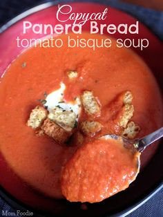 Copycat Panera Bread Tomato Bisque Soup Recipe - if this really tastes like Panera's soup, I will be the happiest fattest person around Copycat Panera Tomato Soup Recipe, Tomato Soup Recipes, Copycat Recipes, Tomatoe Bisque Soup Recipe, Chicken Recipes, Cooking Recipes, Healthy Recipes, Healthy Soup, Vegetarian Recipes