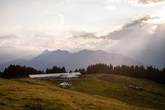 Oggi #Dolomites Stories ha pubblicato la storia della leggenda di Malga Movlina. Posta a 1786 metri nel Parco Naturale Adamello Brenta Geopark, offre una vista incantevole delle #Dolomiti di #Brenta! Buona lettura su https://www.facebook.com/DolomitesStories/