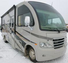 2014 A Thor Motor Coach  Axis 24.1