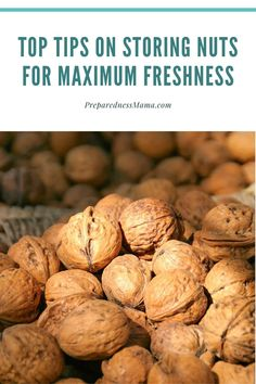 Sore nuts for up to three years with pro packing tips! Canning Recipes, Kitchen Recipes, Long Term Food Storage, Dehydrated Food, Shelf Life, Food Storage Containers, Survival Prepping, Packing Tips, Vegan Recipes Easy