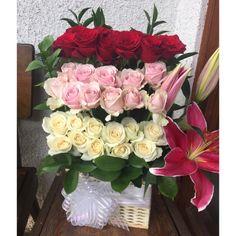 Saya menjual Rangkaian Bunga hidup seharga Rp600.000. Dapatkan produk ini hanya di Shopee! http://shopee.co.id/autumn07/76771709 #ShopeeID