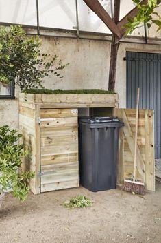 Outdoor Life, Outdoor Living, Outdoor Decor, Outdoor Ideas, Outdoor Storage Bin, Diy Privacy Fence, Backyard Bar, House On The Rock, Home Landscaping
