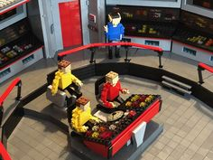 NCC-1701 Lego Star Trek, Star Trek Characters, Cool Lego Creations, Lego Stuff, Custom Lego, Lego Ideas, Building Toys, Bridge, Nerd