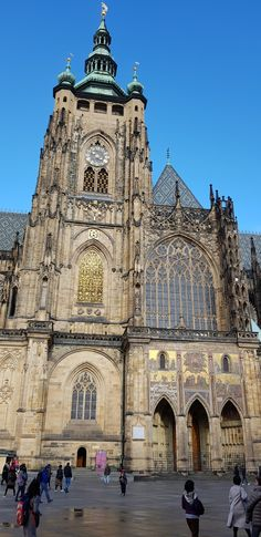 Saint Vitus is a Roman Catholic Cathedral in Prague. Prague Cathedral, Barcelona Cathedral, Europe Photos, Gothic Architecture, Roman Catholic, Cathedrals, Travel Advice, Old Town, Places To Visit