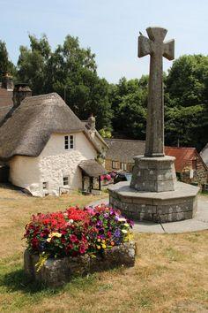 Village Cross, Village Green, Lustleigh - Lustleigh is a small village on Dartmoor in Devon,